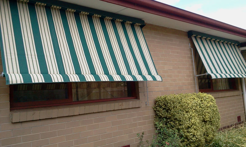 Outdoor Canvas Awnings The Fitter